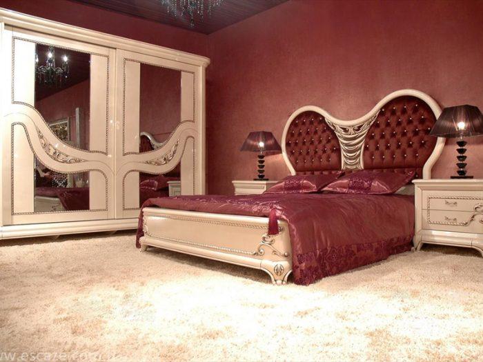 Gösterişli yatak odası mobilyaları