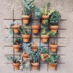 Küçük Balkon Dekorasyonunda Çiçeklerin Önemi