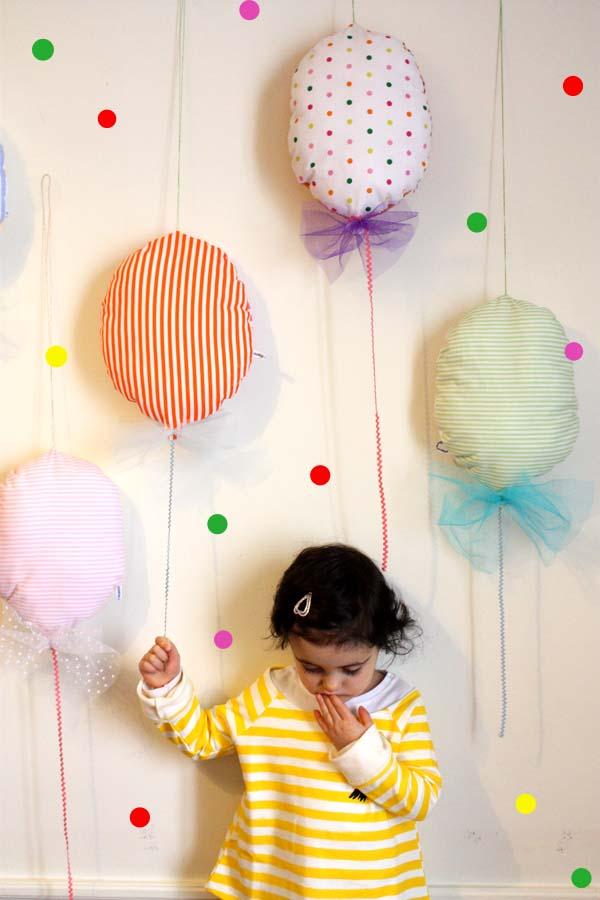 Balonlu Bebek Odası İçin Duvar Süsleri