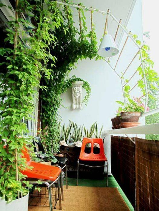 Doğal Küçük Balkon Dekorasyonu Nasıl Olmalı