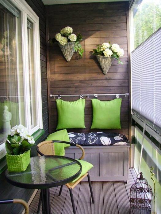 Modern Küçük Balkon Dekorasyonu Nasıl Olmalı