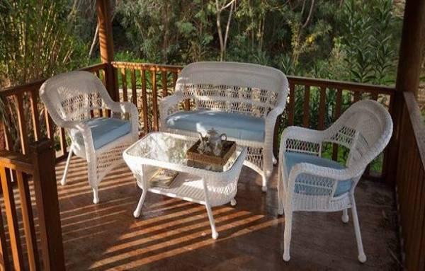 Beyaz Bahçe Oturma Grubu Modelleri