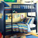 Mavi ranzalı çocuk odası