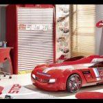 Çilek mobilya kırmızı arabalı oda