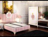 Pembe yatak odası dekorasyon modelleri
