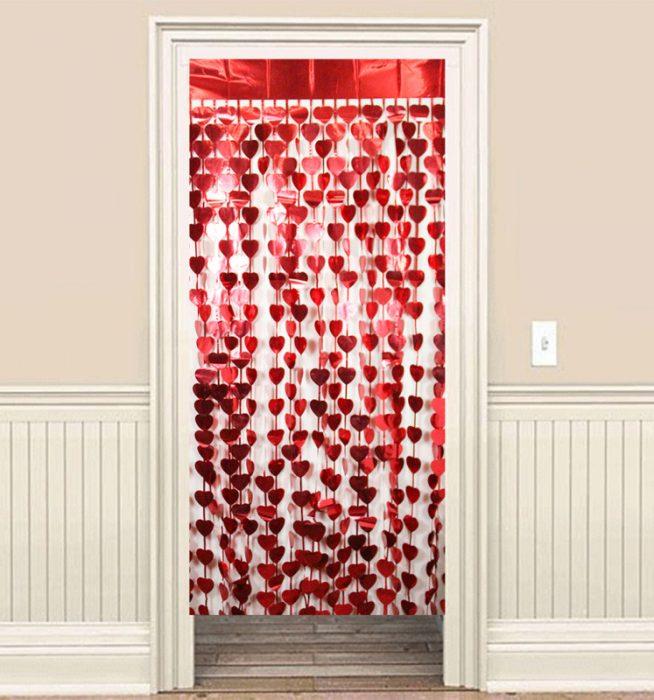 Kalpli kapı perdesi