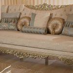 Yeni altın yaldızlı koltuk modelleri